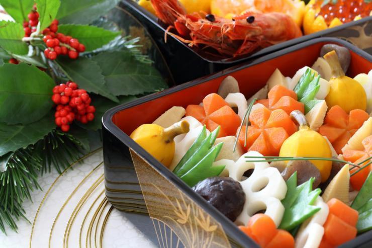 おせち料理に「煮しめ」が入っている意味・由来と作り方