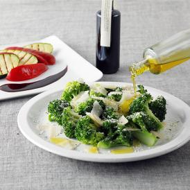 温野菜やチーズなどにかけるだけで、手軽に本格的なイタリアン・フレンチが楽しめるセット。