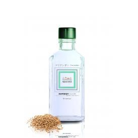 古典的なボタニカルの一つ。青林檎や糖蜜、甘くてフローラル、アロマティックで上質な白ワインのような芳香