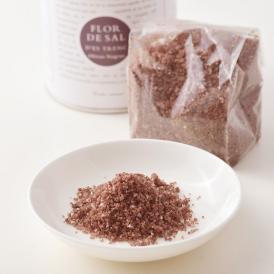 ギリシャ産のブラックオリーブをローストし、まろやかなマヨルカ島の塩に混ぜ込んだお塩。
