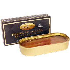カンタブリア海の春獲りカタクチイワシのみ使用、 丁寧に作り上げたスペインの最高級アンチョビ。