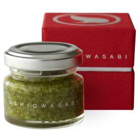 伊豆産の本わさびと瀬戸内産の塩をブレンドした新しい食感のわさび塩です。
