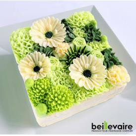 美食の都パリの5つ星ホテルやミシュランスターシェフたちからも人気が高くフランスを代表する食のプロ御用達フロマジュリー ベイユヴェール(beillevaire)ガトー・オ・ブーケ 『ヴェール』