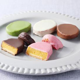 芋のクリーミーさとチョコレートの甘味が絶妙なハーモニーを奏でる大人気商品です。