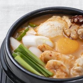 【1日20個限定】【韓国本場の味を食卓で楽しめるオモニの食卓シリーズ!】*絶品* オモニの食卓 海鮮スンドゥブチゲセット(1食分)