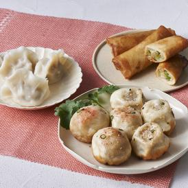上海国営レストラン『大壺春』と共同研究、開発した焼き小籠包に水餃子と春巻きがセットになった商品です。