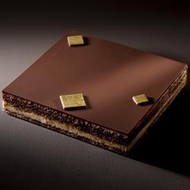 ダロワイヨ発祥のケーキ パリの老舗ダロワイヨの味を、冷凍便で全国へお届けいたします。