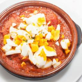 豚肉を柔らかくトマトベースのソースで煮込みました