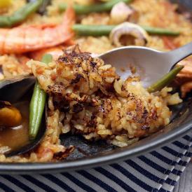 濃厚海老スープで炊く早炊きパエリアセット & パエリア鍋24cm エナメルコーティング仕上げ