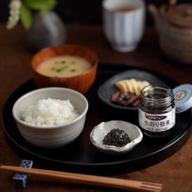 江戸前千葉県木更津産の生のりを大正2年創業以来の直火釜で炊き上げたのり佃煮です。
