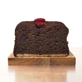 チョコレート生地にドライクランベリーを焼き込んだエニスモアガーデンのパウンドケーキです。
