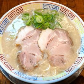 人気行列店博多ラーメン秀ちゃんは平成5年より作りつづけられる伝統の味