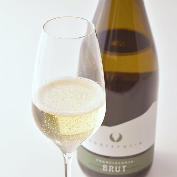 フランチャコルタ ブリュット / コルテ フジア(イタリア・スパークリングワイン) 750ml01