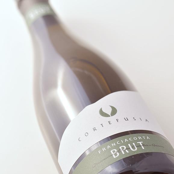 フランチャコルタ ブリュット / コルテ フジア(イタリア・スパークリングワイン) 750ml02