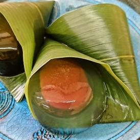 笹の香りのする上品な和菓子