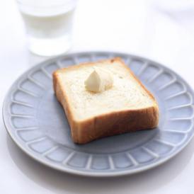 非常にシンプルでデイリー使いしやすい食パンです。