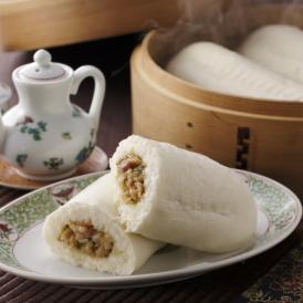 餃子の具をホットドッグスタイルで味わう、人気の中華まん