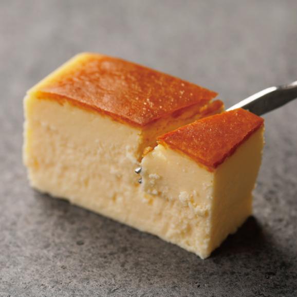【1日限定20個】特製焼チーズケーキ【木箱入】02