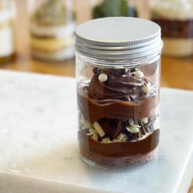 【1日限定5個】ケーキパルフェ 【ブラック&ホワイトチョコレートケーキ】