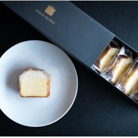 軽い食感のバターケーキです。