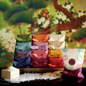 フォーマルギフト受賞、人気の贈り物。12種類のお米を、色彩風呂敷に包みました。