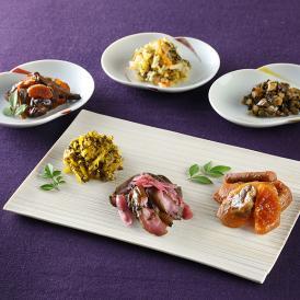 江戸甘味噌に4種の野菜を漬けた「大江戸甘味噌漬」など、全国各地の個性豊かな漬物を詰め合わせに。