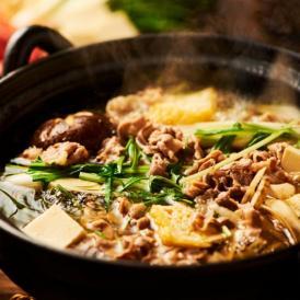 牛の希少部位「かっぱ」を使用した「かっぱ鍋」。 油揚げや野菜と一緒に特製スープで。
