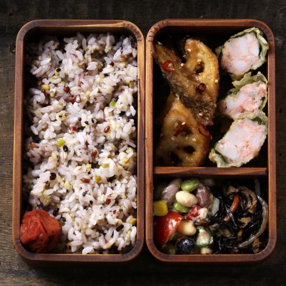 【送料無料】国産30雑穀米 300g 1食で30品目の栄養へ新習慣。白米と一緒に炊くだけで、もちぷち美味しい栄養満点ごはんが出来上がり!06