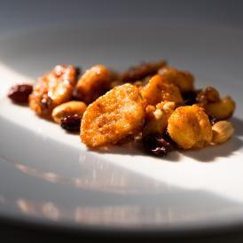 [送料無料]  甘くて辛い、スパイシーナッツ お試しセット グラノーラも! 一度食べると止まらない!と人気。