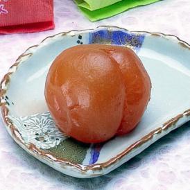 自社生産ひがしね梅の完熟梅を一粒まるごと梅菓子にした自慢の逸品
