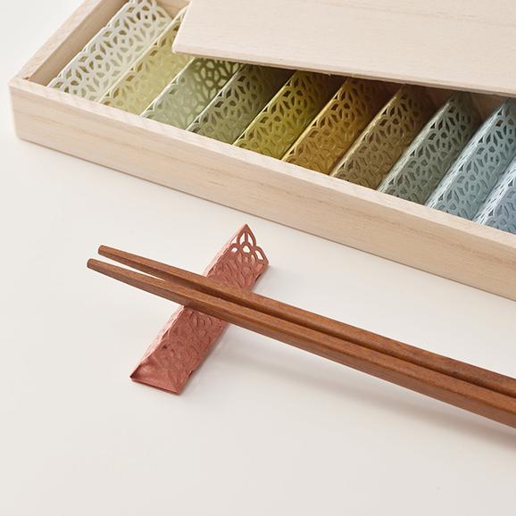 お箸飾り 30個セット木箱入り02