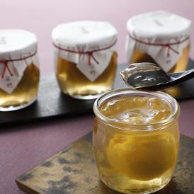 国産梅を使用し、日本料理には古くからある甘露梅の技法をつかい、老舗料亭の味で丁寧に仕上げたゼリーです