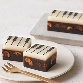 ジャズとようかんのオリジナルスイーツは、目にも楽しいピアノデザインの「ジャズ羊羹」