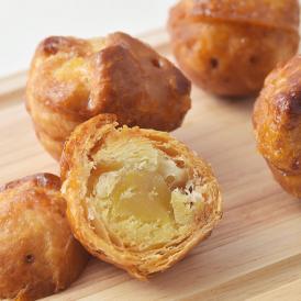 発酵バターをたっぷり使用した生地で焼き上げたサクサク食感が自慢のマロンパイです