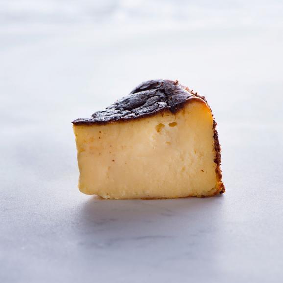 バスクチーズケーキ:カオリーヌ菓子店02