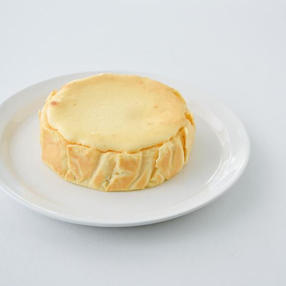 カマンベールのチーズケーキ:カオリーヌ菓子店02