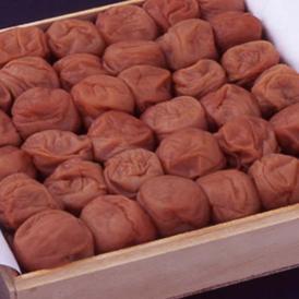 桐箱入り−紀州・和歌山南高梅(みなべ産)「蜂蜜梅干し」800g(塩分 約8%)