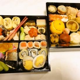 食材にこだわり相伝の調理法で手間隙かけた商品です。京都おせちの粋をお楽しみ下さい。手作り生おせち
