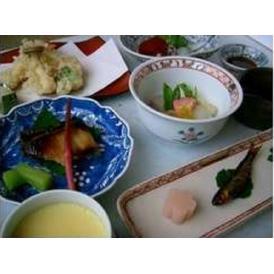 ペアーでしっとり季節を感じる京料理コースのお食事券1万5千円
