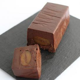 フランス産カカオ70%のショコラと丹波産の栗が入った「テリーヌショコラ・マロン」