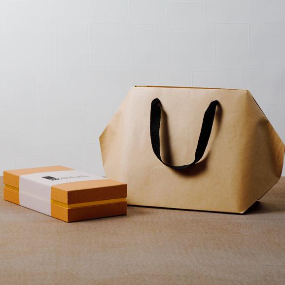 青山モノリス 前菜とデザートのチーズパウンドケーキ02