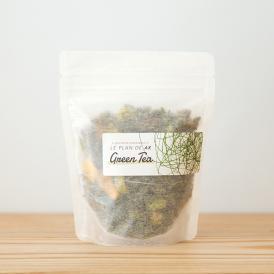九州の八女にある八女茶の老舗、矢部屋許斐本家このみ園さんの抹茶を贅沢に使ったグラノーラ。
