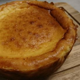 レアチーズのような滑らかな舌触りのベイクドチーズケーキ!