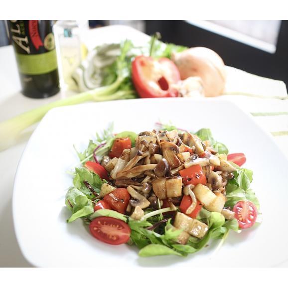 《食卓をシェフの味に 美味しさと健康をお届けします。》ベジートTOKYO&和の旨みUMAMIの化粧箱入り2本セット04