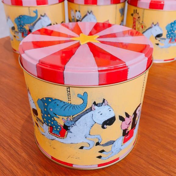 メリーゴーランド缶 フィナンシェ7個入02