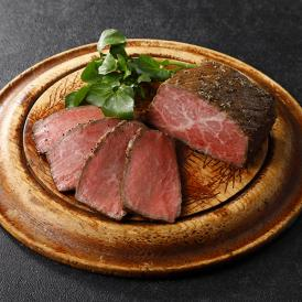 精肉専門店「すき焼割烹 日山」が手がける、旨味たっぷりのローストビーフ。