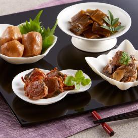 岩手県九戸村産の甘茶を使い、三陸の幸、ワカメ太茎、ホタテ、牡蠣、アピオスを煮込んだ甘茶煮。