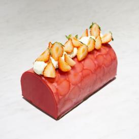 【店頭受取専用】Strawberry Buche(ストロベリー ブッシュ)
