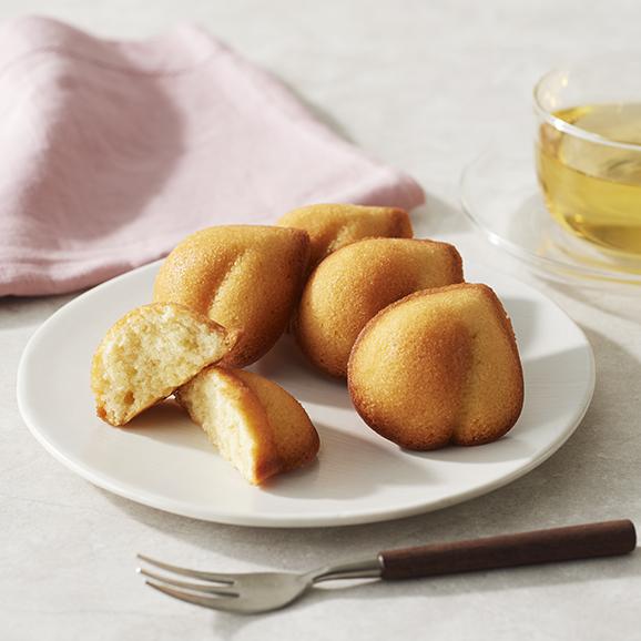 岡山 清水白桃ケーキ01