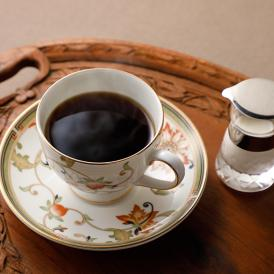 皇室に納めているものに一番近いブレンドが、当店一推しの「ロイヤルブレンドコーヒー」。